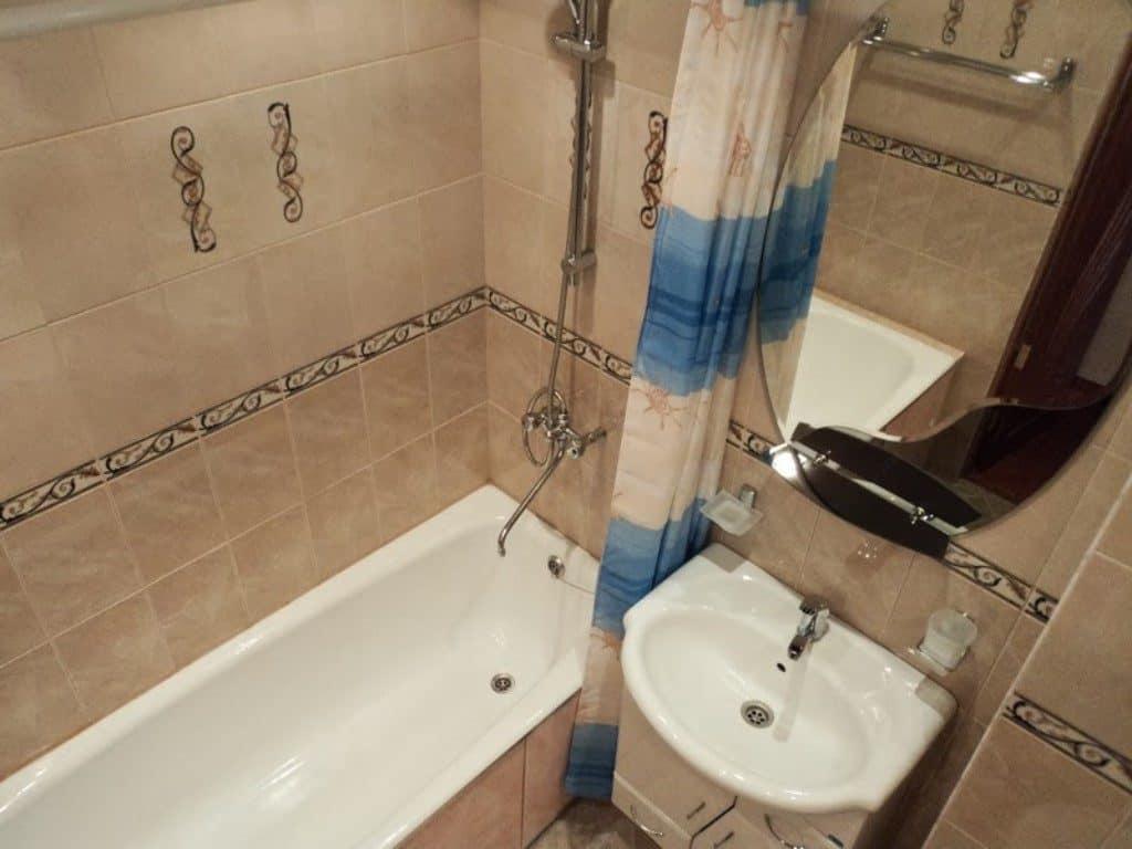 ванна с туалеттом