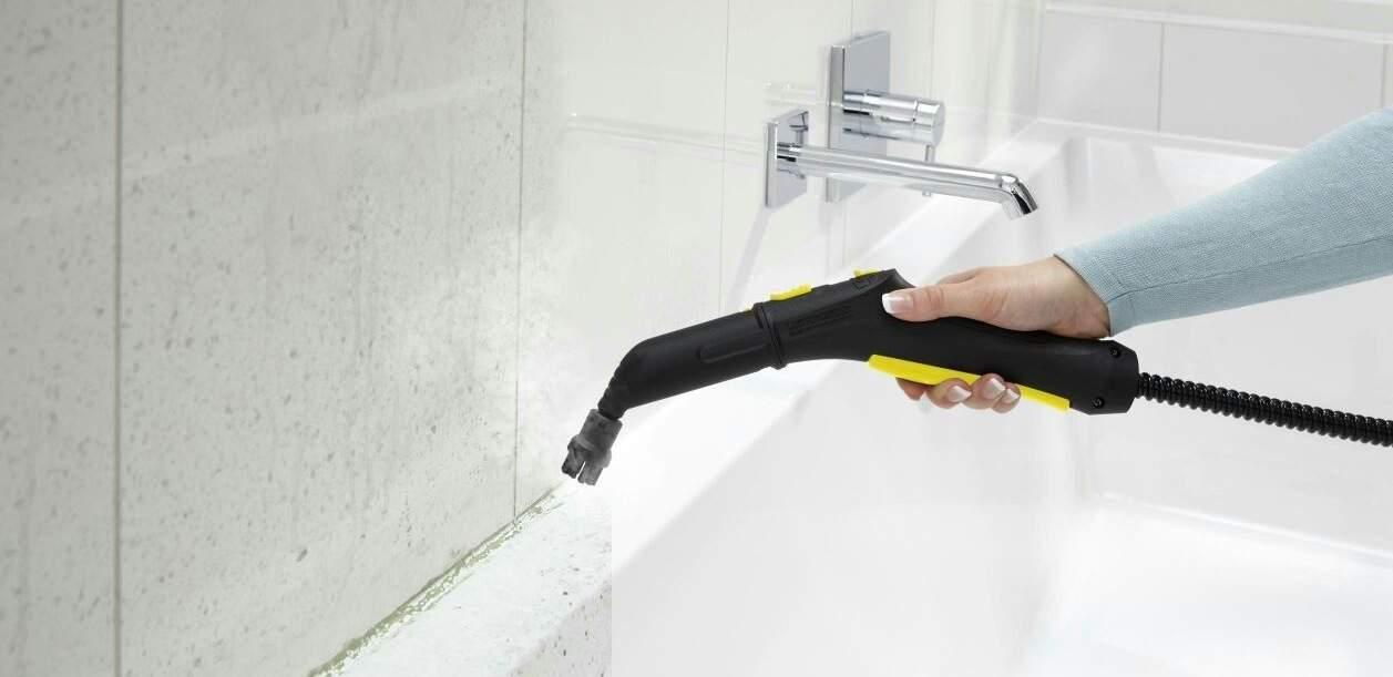 Чистка межкафельных швов в ванной горячим паром