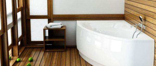 Ванная комната с деревянным полом