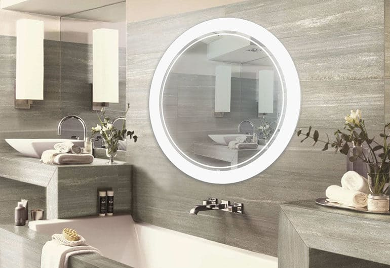 Монтаж зеркала в ванной на плитку