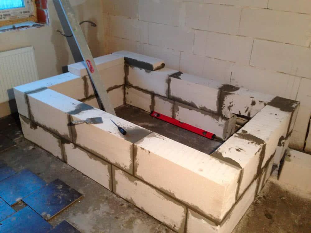 Строительство ванны из кирпича