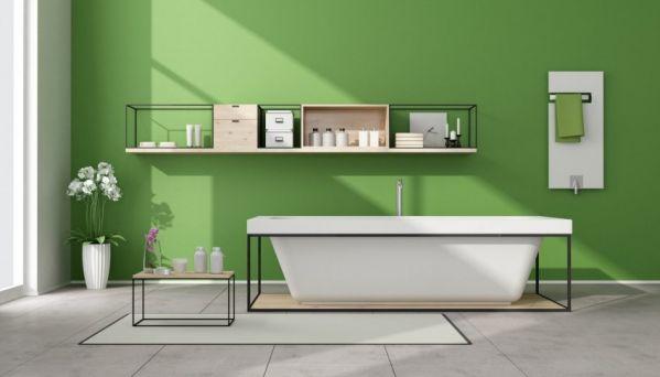Классическая ванная в зеленом цвете