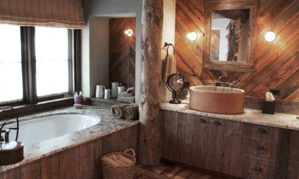 Ванная комната в деревенском стиле
