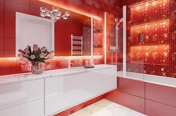 Ванное помещение красного цвета