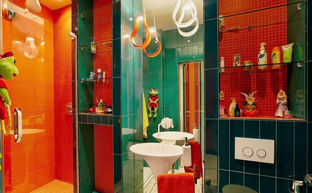 Ванная комната в ярких красках