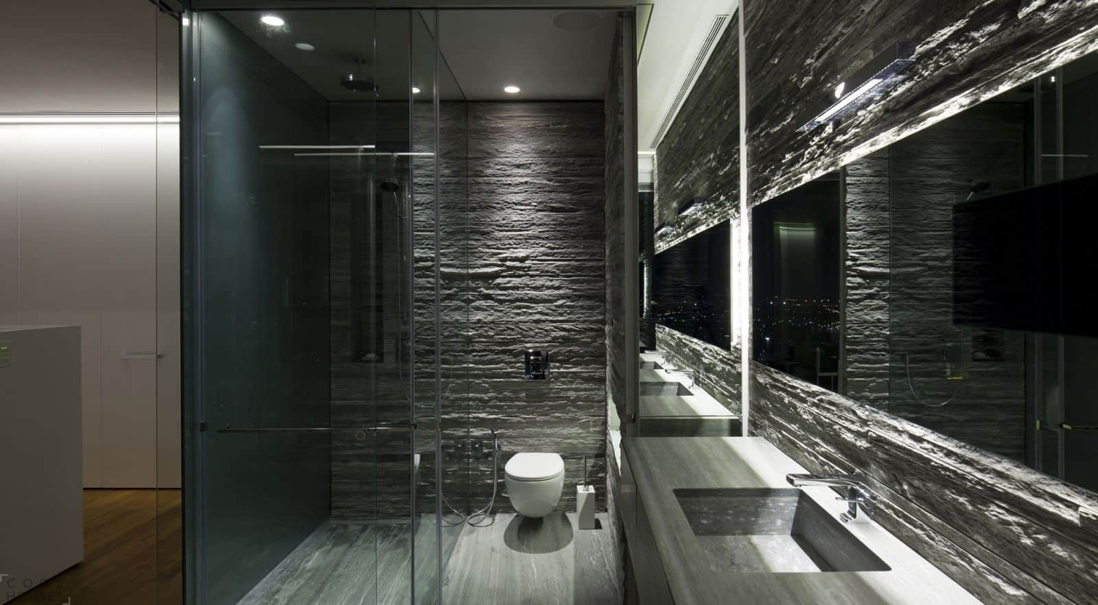 Стекло в ванной
