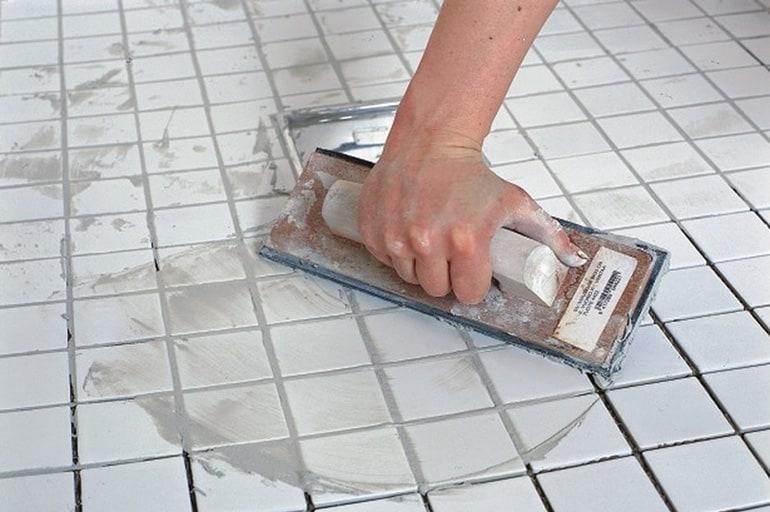 Как положить новую плитку поверх старой
